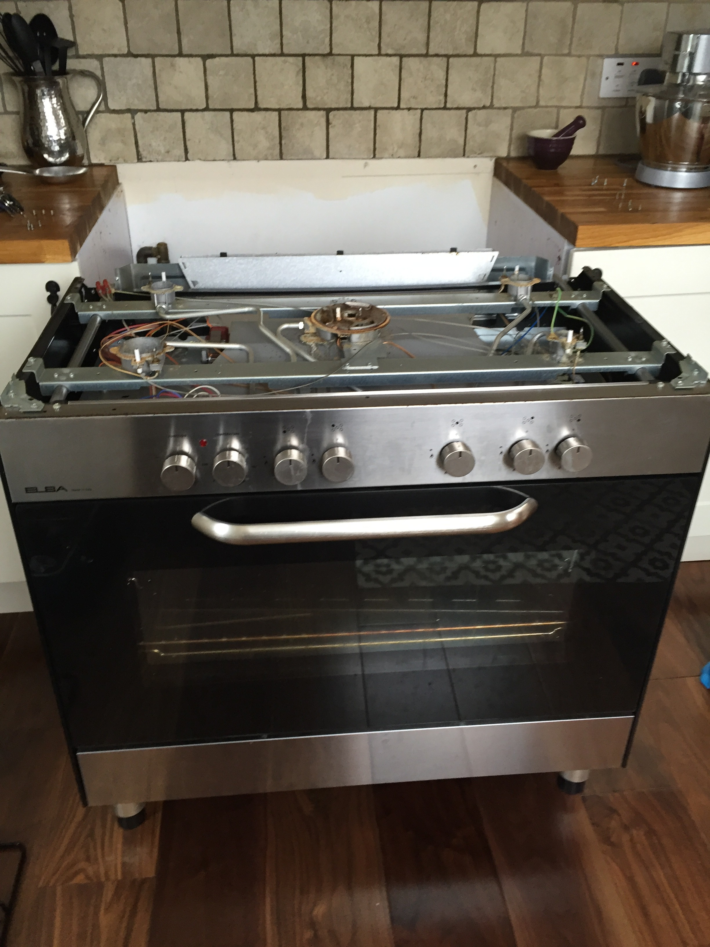 Cooker During Repair